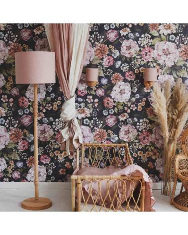 Lampadaire en bois abat jour en lin rose poudré