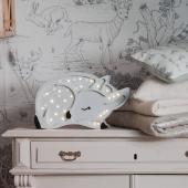 Veilleuse biche en version grise est à nouveau disponible sur petitbison.fr :-)   #decochambrebebe #decoenfant #chambreenfant #chambrebebe #lampeenfant #veilleuse #biche #lampebebe #bebe #cadeaunaissance #cadeaudenaissance #futuremaman #petitbisonboutique #littlelights #bois  #lampe #instadeco #chambre #kidsroom #chambrebébé