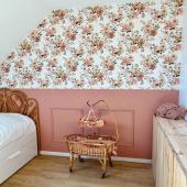 Chambre fleurie et colorée chez @fleur.davril :-) Modèle de papier peint : Jardin Anglais. Vous trouverez le même joli motif sur différents accessoires pour bébés: langes, doudous ou parures de lit :-). Disponibles sur petitbison.fr :-)  Qu'en pensez-vous?   #kidsroom #babyroom #decorationinterieur #decorforkids #kidsdecor #decochambrebebe #chambrebebe #chambreenfant #chambrebebefille #papierpeint #papierpeintenfant #fleurs #futuremaman #nature #decomurale #bebe #papierpeintbebe #dekornik #petibisonboutique #romantique #decointerieur #décoration