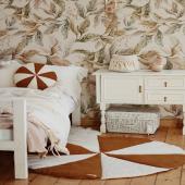 Inspiration chambre d'enfant :-)  Papier peint paradis amazonien, tapis et coussin cirque caramel et petit panier en crochet avec franges sont disponibles sur petitbison.fr :-)  Photo : @thebirthoflove   #decochambrebebe #chambrebebe #chambreenfant #chambrebebefille #papierpeint #papierpeintenfant #fleurs #futuremaman #nature #decomurale #bebe #papierpeintbebe #dekornik #petibisonboutique #coussin #tapisdejeu #panierderangement #chambrebébé #moimili #supciodesign