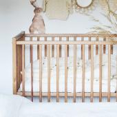 Lit bébé Stardust Cot vintage 60 cm  x 120 cm avec un très joli détail : un barreau en cuivre :-) Vous trouverez plusieurs modèles de lits de la marque @woodiessafedreams.official sur petitbison.fr ! Tous les lits sont en stock et expédiés sous 24 h :-)   #kidsroom #babyroom #decorationinterieur #decorforkids #kidsdecor #decochambrebebe #decoenfant #chambreenfant #chambrebebe #litbebe #lit  #litbébé #bebe #futuremaman #petitbisonboutique  #bois  #instadeco #bebe2021 #woodiessafedreams #woodies